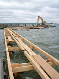Stegbau Steganlagen Stegbau Uferbefestigung Hafenbau Wasserbau